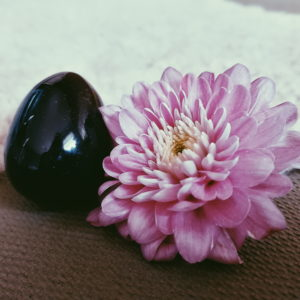 Obsidian Yoni Ei S